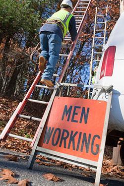 Menworking_108919234_250px